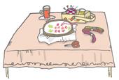 暖かな色合いのテーブル